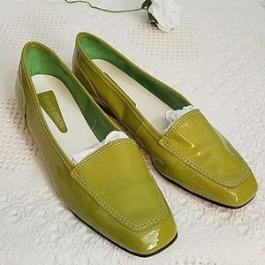 Enzo Angiolini Green shoes